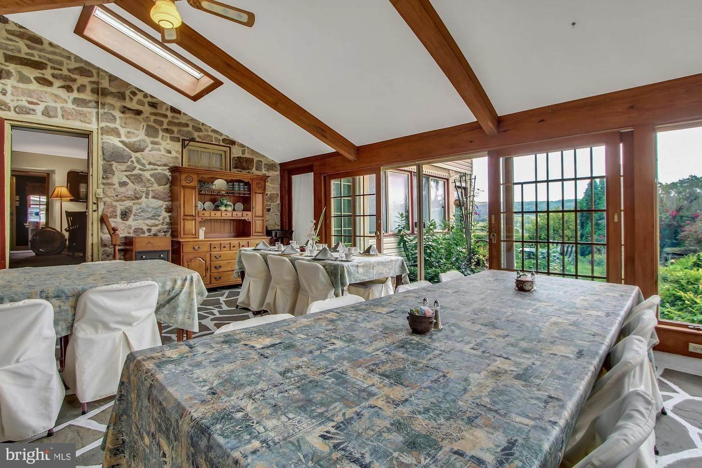 10. Residential for Sale at 2100 MAIN Street Narvon, Pennsylvania 17555 United States
