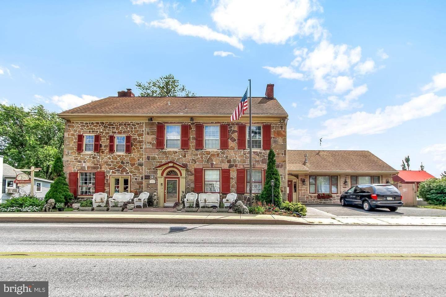 Commercial for Sale at 2100 MAIN Street Narvon, Pennsylvania 17555 United States