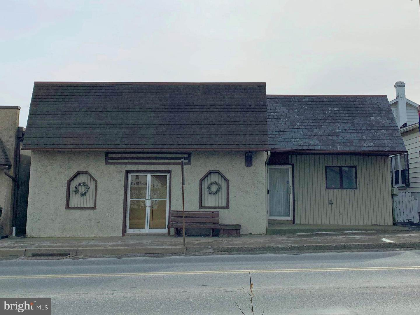 Commercial for Sale at 13 E StreetATE Street Quarryville, Pennsylvania 17566 United States