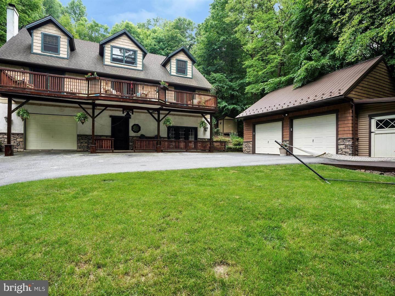 2. Residential for Sale at 755 SPORTSMAN Road Denver, Pennsylvania 17517 United States