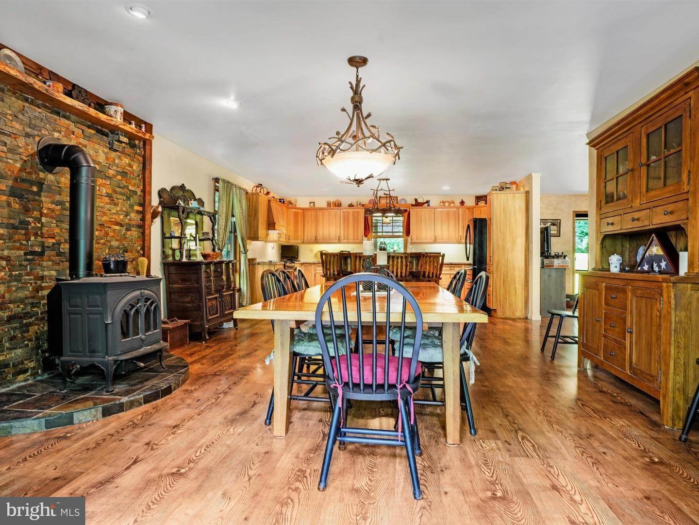 12. Residential for Sale at 755 SPORTSMAN Road Denver, Pennsylvania 17517 United States
