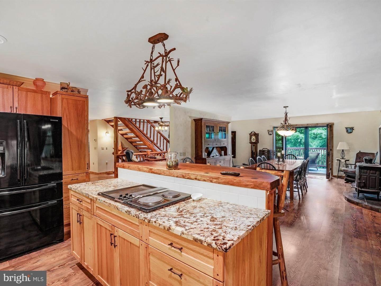 16. Residential for Sale at 755 SPORTSMAN Road Denver, Pennsylvania 17517 United States