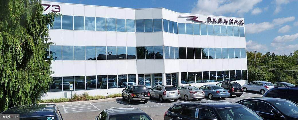 5. Commercial at 2173 EMBASSY DR #UNIT 461 Lancaster, Pennsylvania 17603 United States