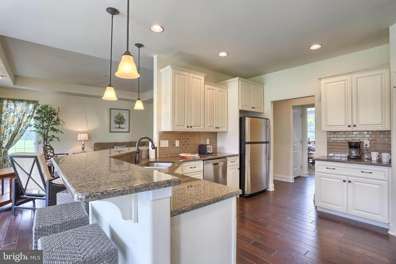 16. Residential for Sale at 119 STILLCREEK RD #55 Millersville, Pennsylvania 17551 United States