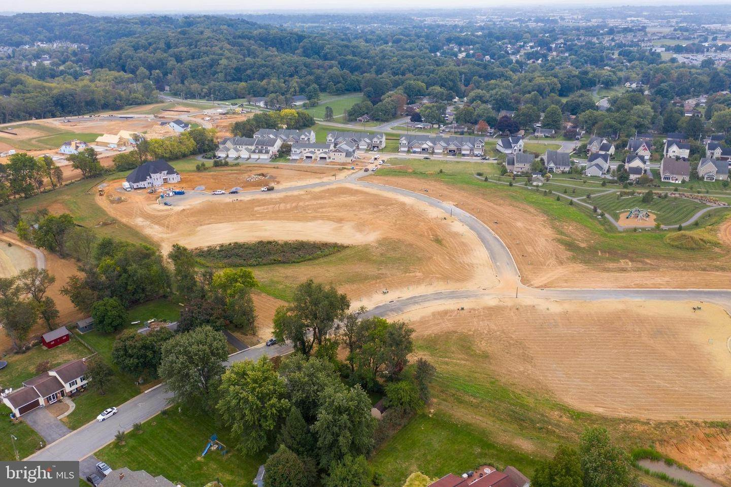 8. Land for Sale at CROWFOOT LANE LOT #27 East Petersburg, Pennsylvania 17520 United States