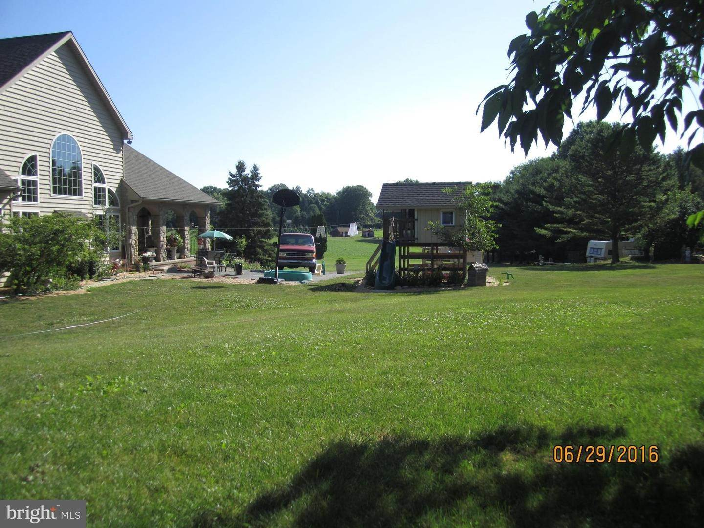 7. Residential for Sale at 962 TEXTER MOUNTAIN Road Robesonia, Pennsylvania 19551 United States