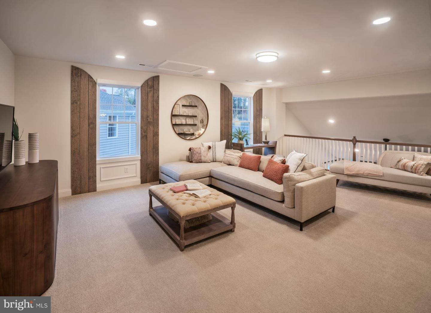 8. Residential for Sale at 818 FOUNDERS WAY #BETSY ROSS MODEL East Petersburg, Pennsylvania 17520 United States