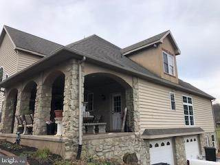 8. Residential for Sale at 962 TEXTER MOUNTAIN Road Robesonia, Pennsylvania 19551 United States