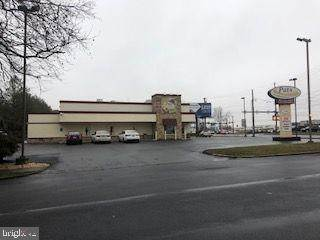Commercial for Sale at 1100 HARRISBURG Avenue Lancaster, Pennsylvania 17603 United States