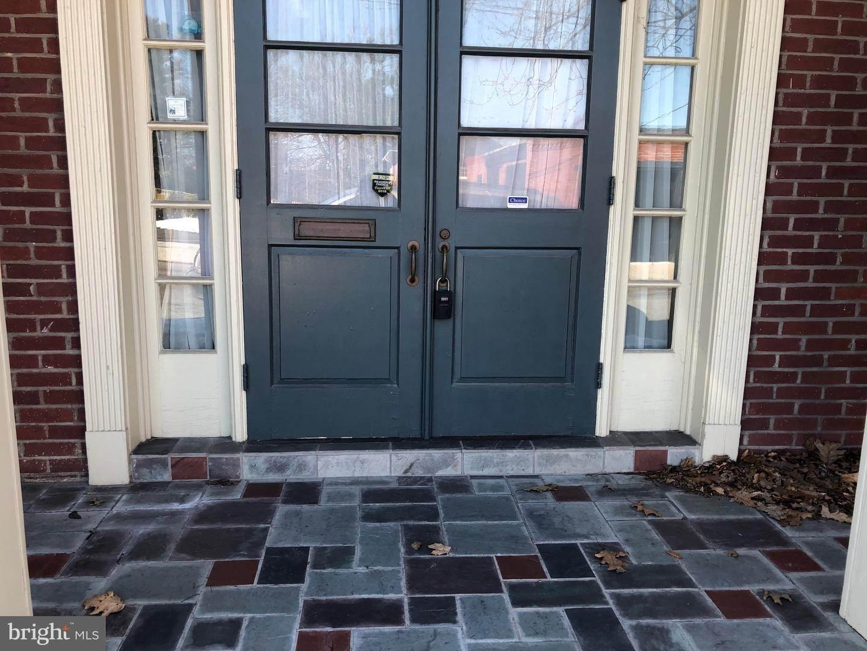 4. Residential for Sale at 120 N SHIPPEN Street Lancaster, Pennsylvania 17602 United States