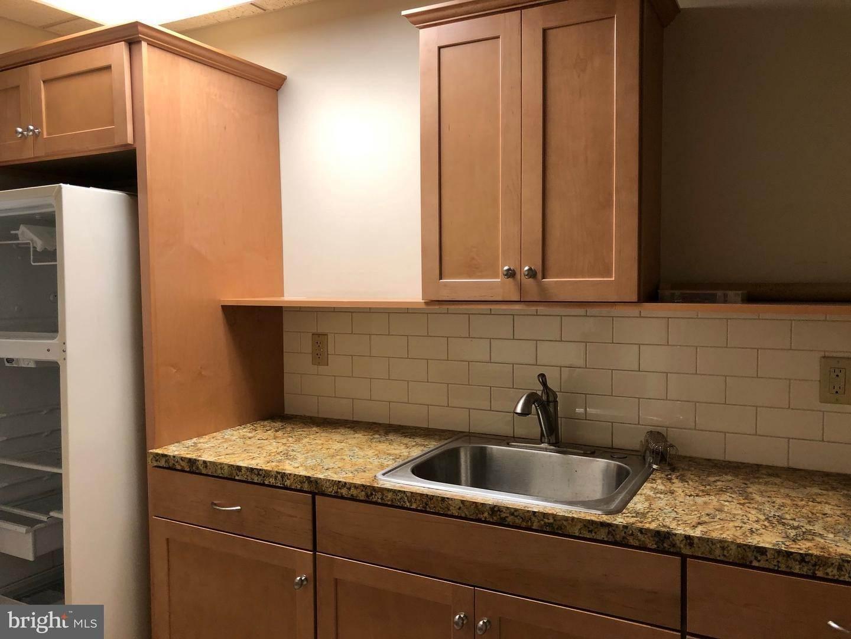 11. Residential for Sale at 120 N SHIPPEN Street Lancaster, Pennsylvania 17602 United States