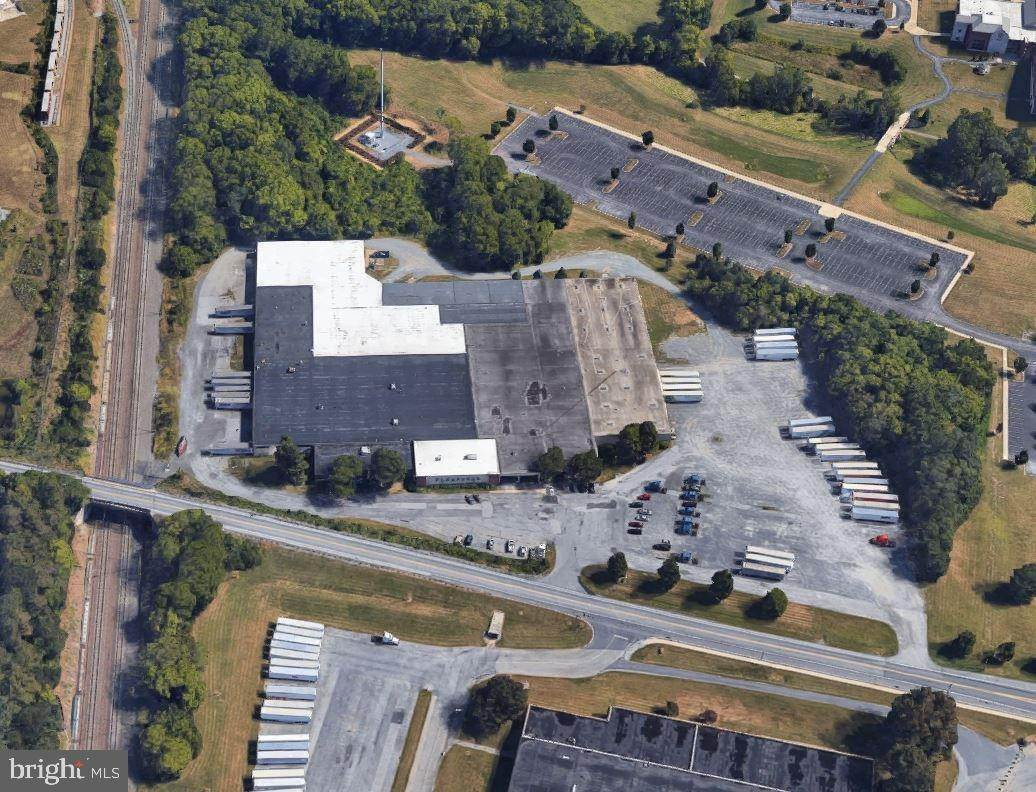Commercial at 107 PITNEY Road Lancaster, Pennsylvania 17602 United States