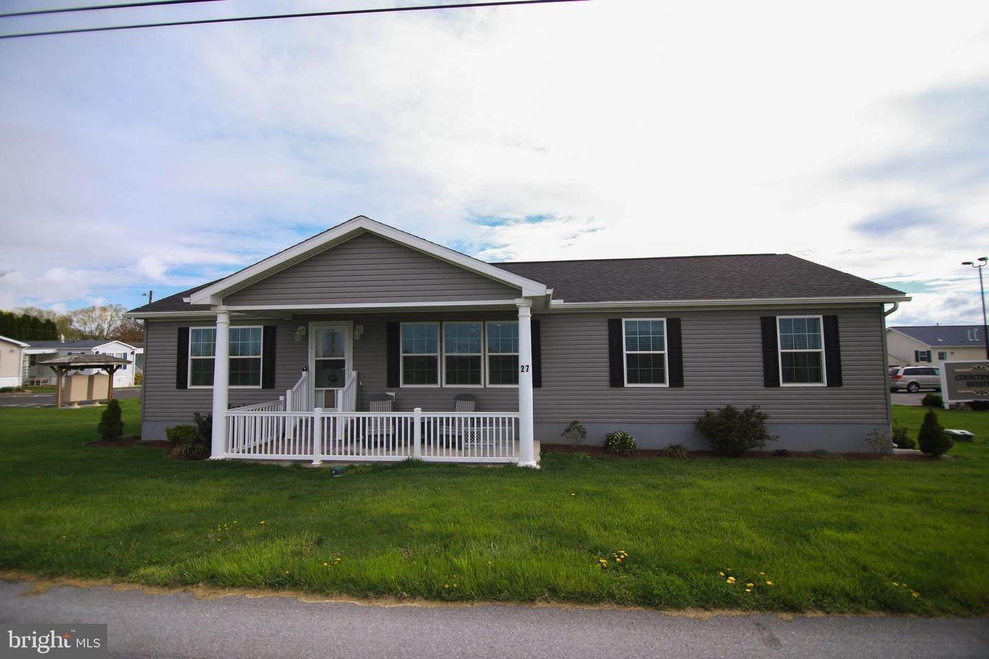 Residential for Sale at 27 COUNTRYSIDE Drive Gordonville, Pennsylvania 17529 United States
