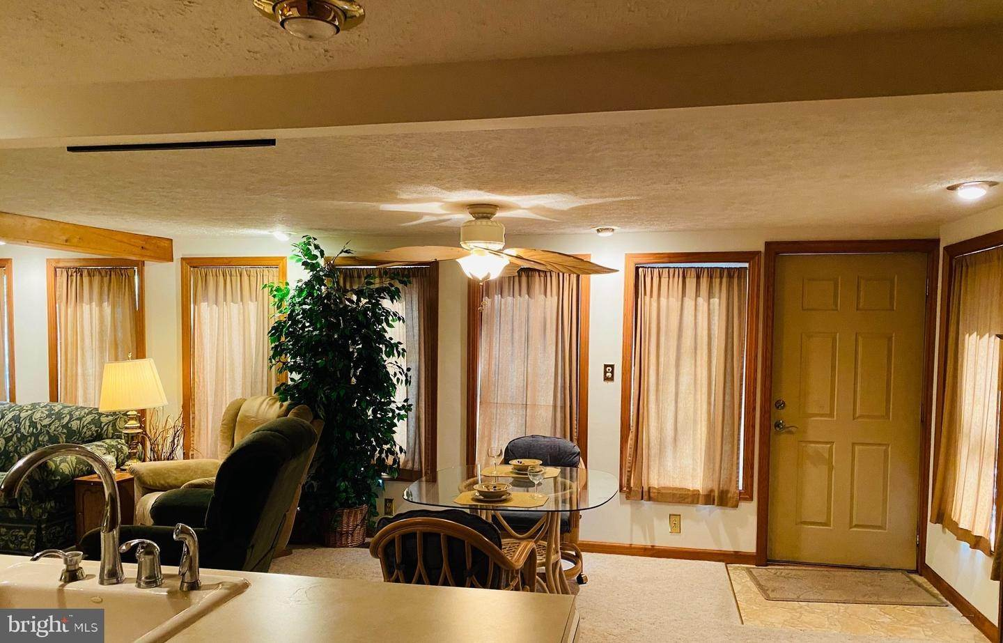 19. Residential for Sale at 411 PEACH BOTTOM Road Peach Bottom, Pennsylvania 17563 United States