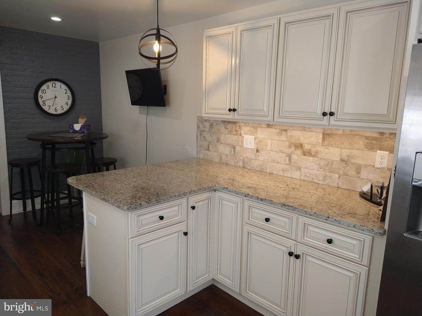 4. Residential for Sale at 219 N LIME Street Lancaster, Pennsylvania 17602 United States
