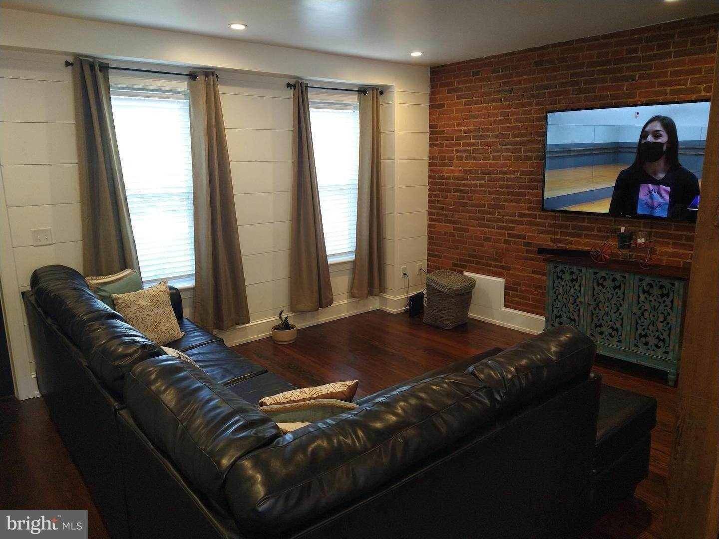 7. Residential for Sale at 219 N LIME Street Lancaster, Pennsylvania 17602 United States