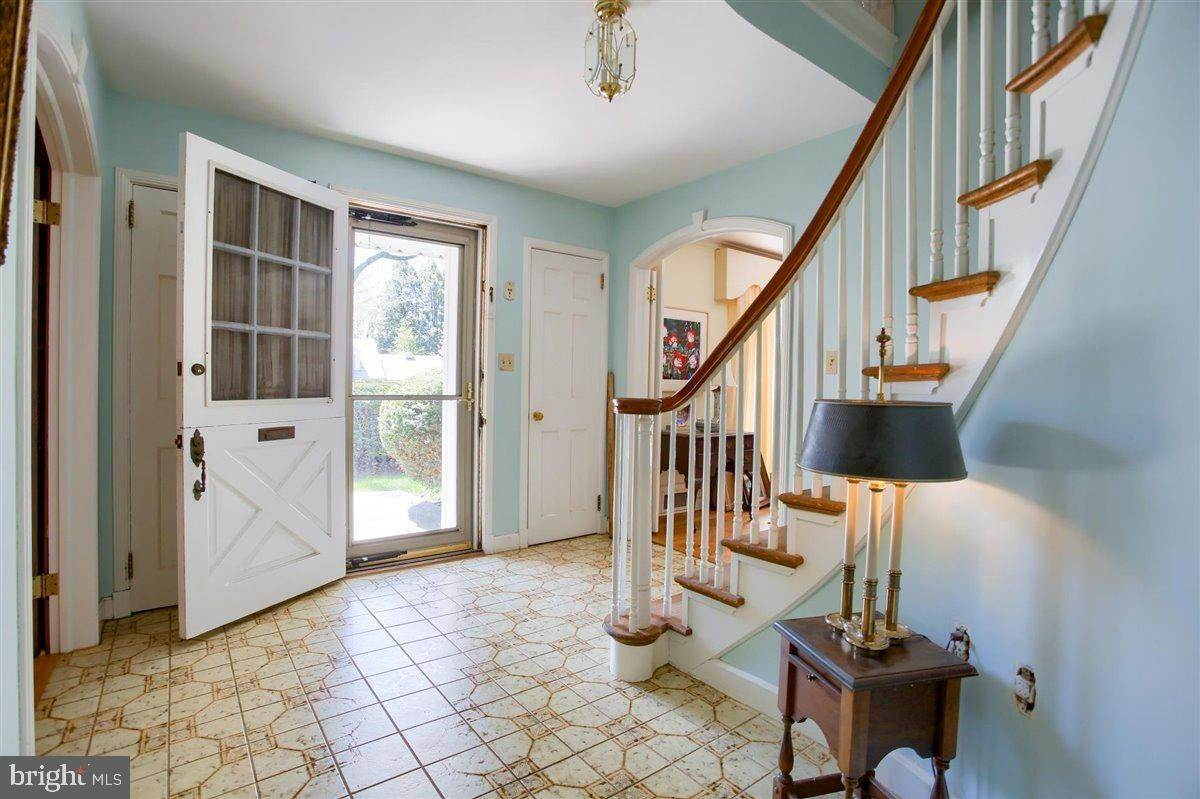 10. Residential for Sale at 1515 RIDGE Road Lancaster, Pennsylvania 17603 United States