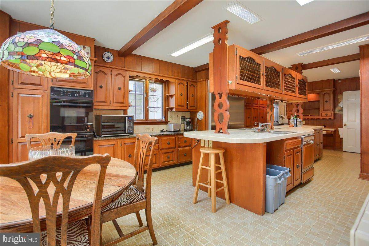 16. Residential for Sale at 1515 RIDGE Road Lancaster, Pennsylvania 17603 United States