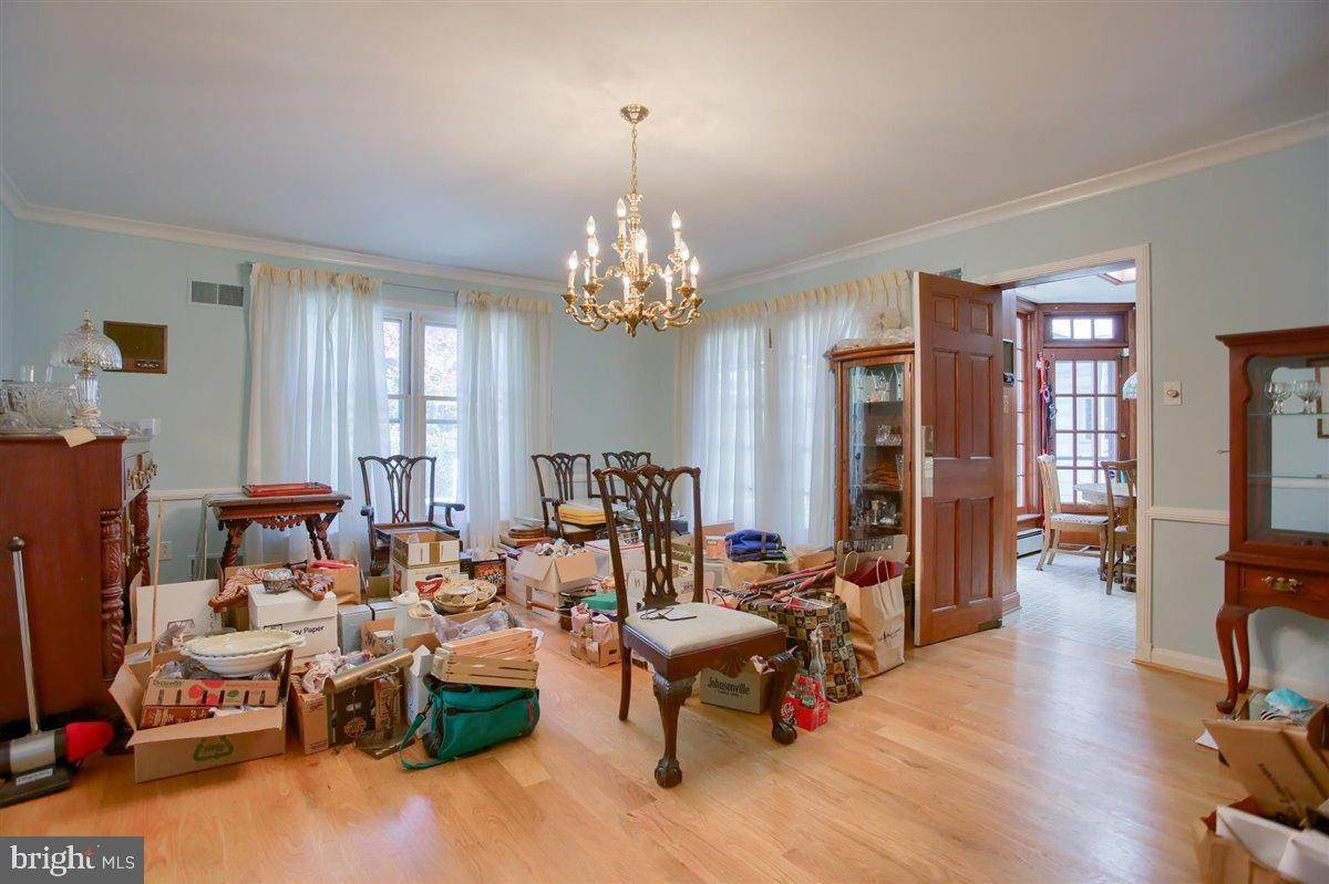 17. Residential for Sale at 1515 RIDGE Road Lancaster, Pennsylvania 17603 United States