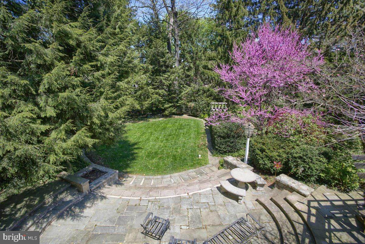 5. Residential for Sale at 1515 RIDGE Road Lancaster, Pennsylvania 17603 United States
