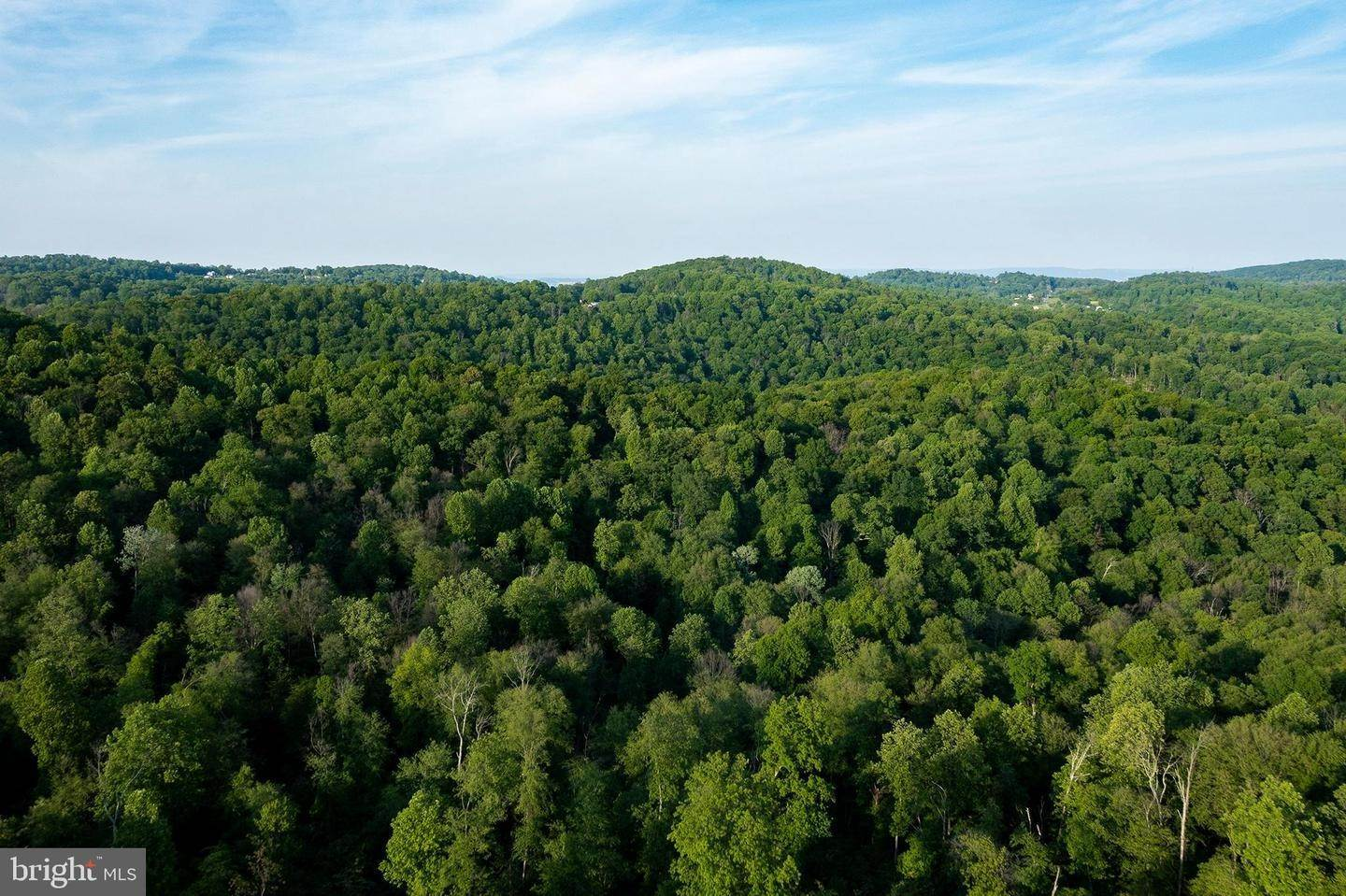 13. Residential for Sale at 1300 TEXTER MOUNTAIN Road Reinholds, Pennsylvania 17569 United States