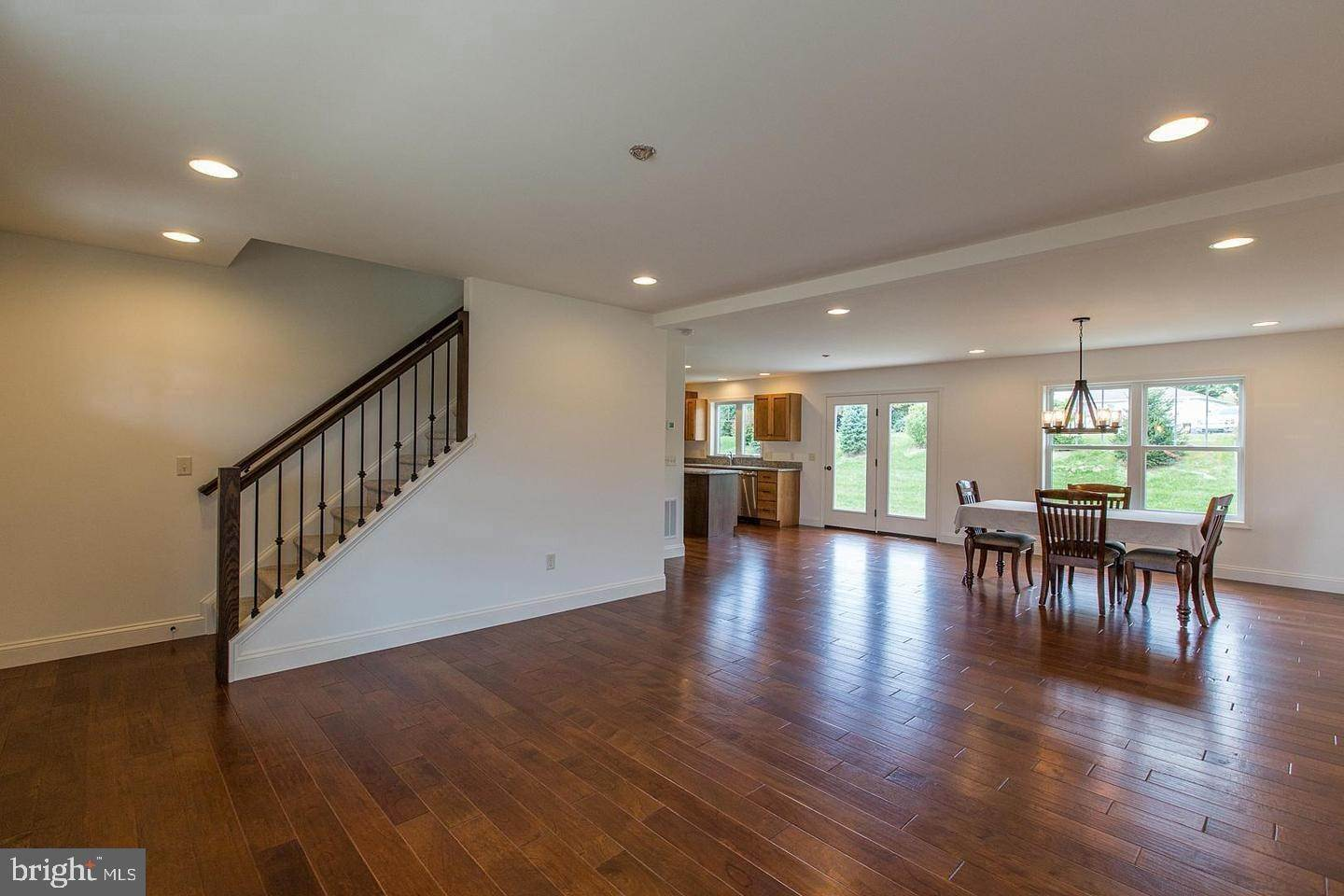 4. Residential for Sale at 1300 TEXTER MOUNTAIN Road Reinholds, Pennsylvania 17569 United States