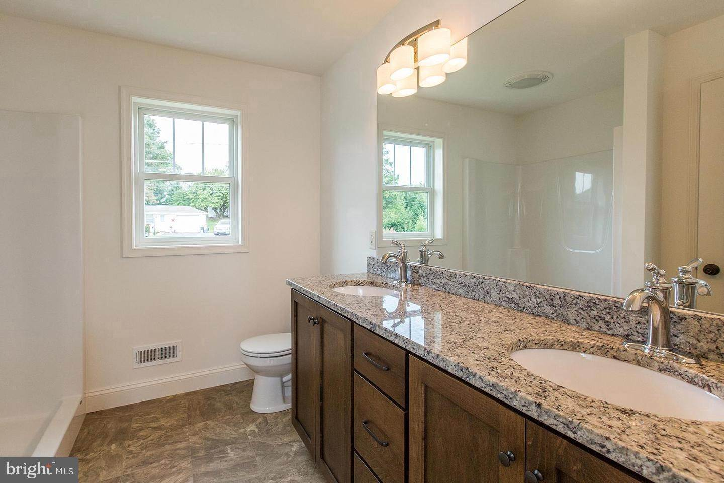 7. Residential for Sale at 1300 TEXTER MOUNTAIN Road Reinholds, Pennsylvania 17569 United States