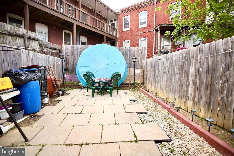 18. Residential for Sale at 405 SAINT JOSEPH Street Lancaster, Pennsylvania 17603 United States