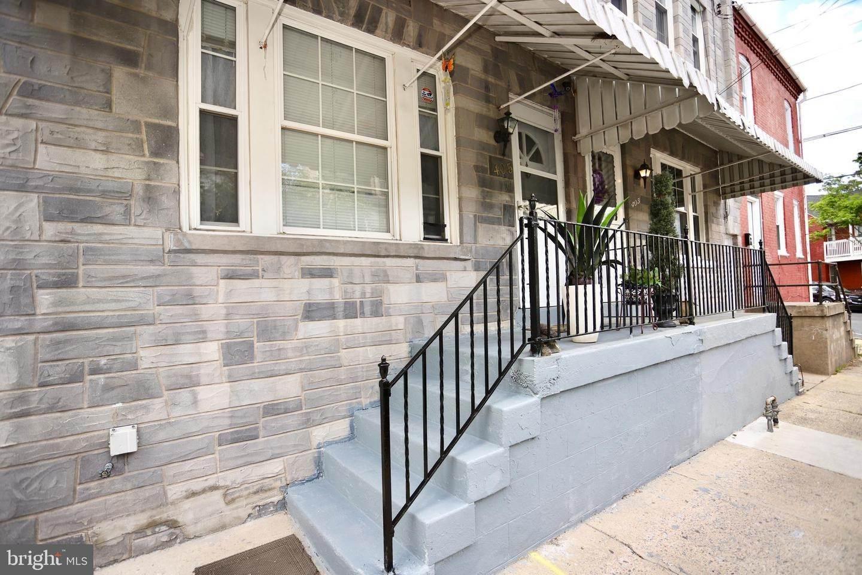2. Residential for Sale at 405 SAINT JOSEPH Street Lancaster, Pennsylvania 17603 United States