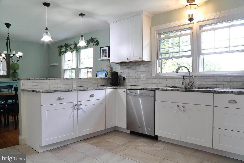 12. Residential for Sale at 44 BLAINE Avenue Leola, Pennsylvania 17540 United States