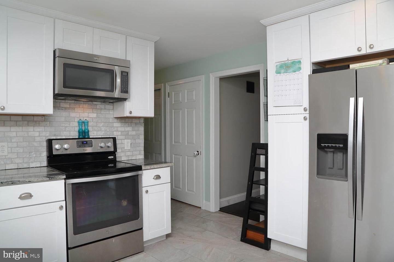 14. Residential for Sale at 44 BLAINE Avenue Leola, Pennsylvania 17540 United States