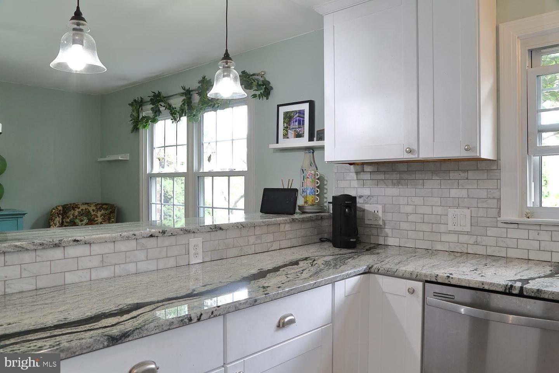 16. Residential for Sale at 44 BLAINE Avenue Leola, Pennsylvania 17540 United States
