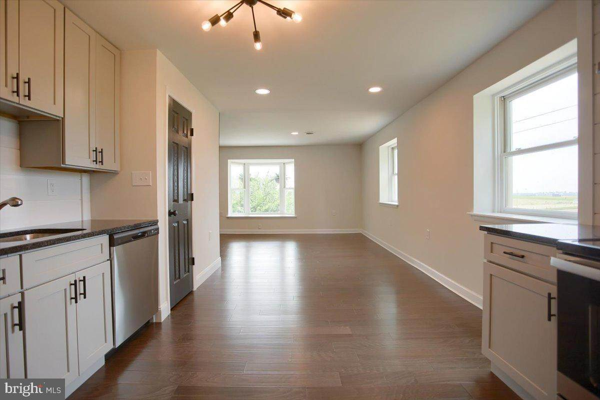 18. Residential for Sale at 4 HARTWICKE Drive Quarryville, Pennsylvania 17566 United States