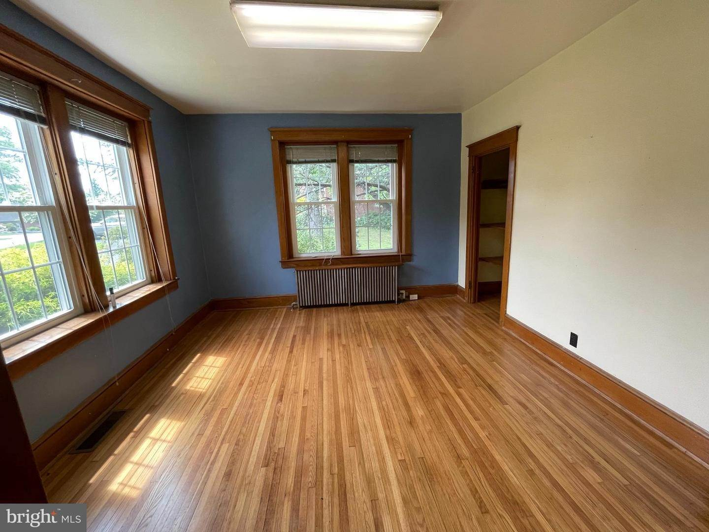 6. Residential for Sale at 45 W BRANDT BLVD Landisville, Pennsylvania 17538 United States