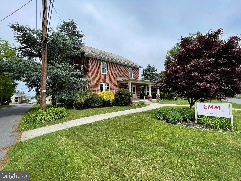 2. Residential for Sale at 45 W BRANDT BLVD Landisville, Pennsylvania 17538 United States