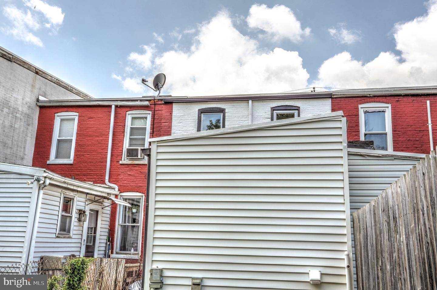 13. Residential for Sale at 865 N PRINCE Street Lancaster, Pennsylvania 17603 United States