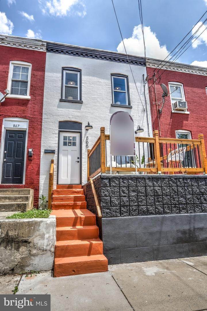 5. Residential for Sale at 865 N PRINCE Street Lancaster, Pennsylvania 17603 United States