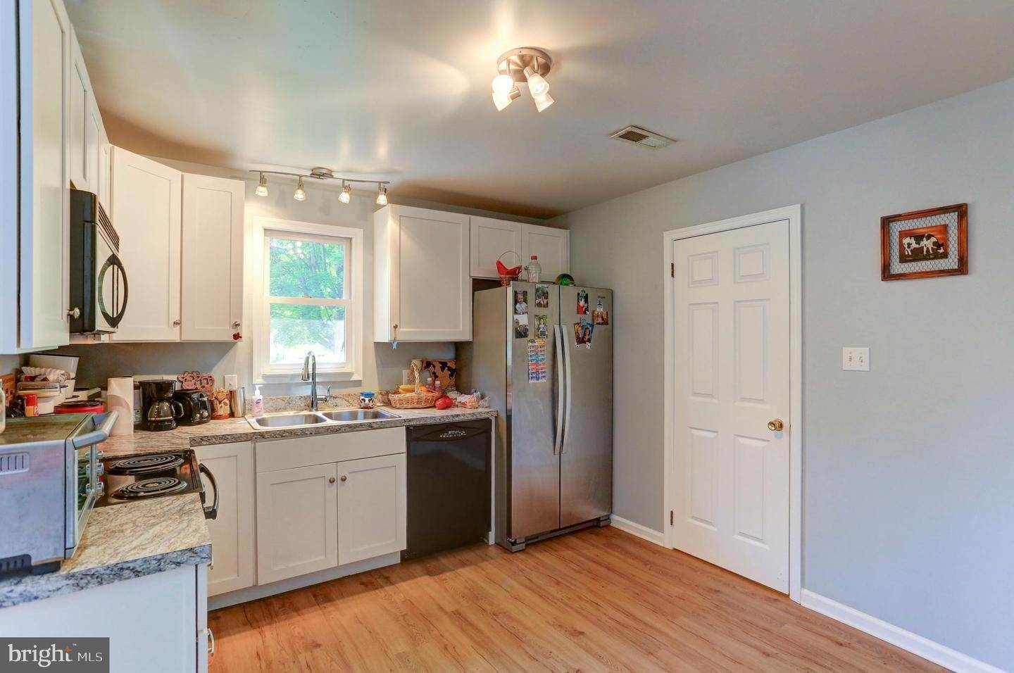 10. Residential for Sale at 6 AMBER Court Millersville, Pennsylvania 17551 United States