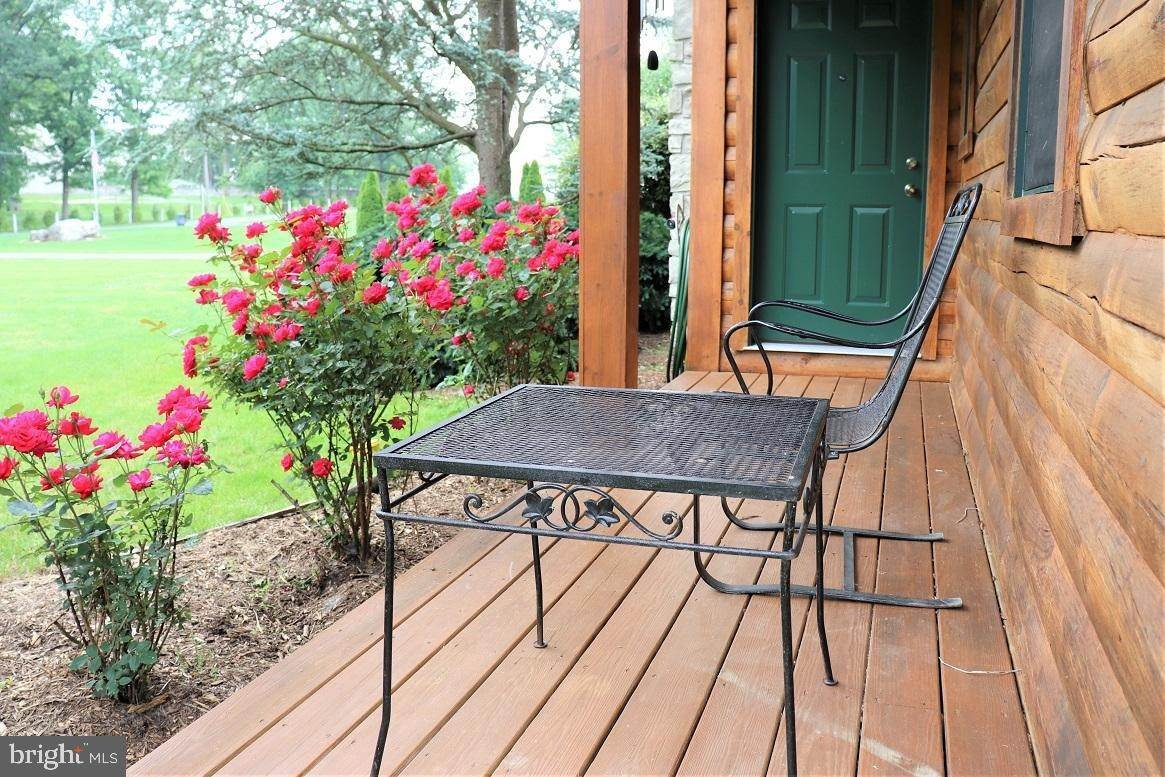 6. Residential for Sale at 1814 MANSION Lane Mount Joy, Pennsylvania 17552 United States