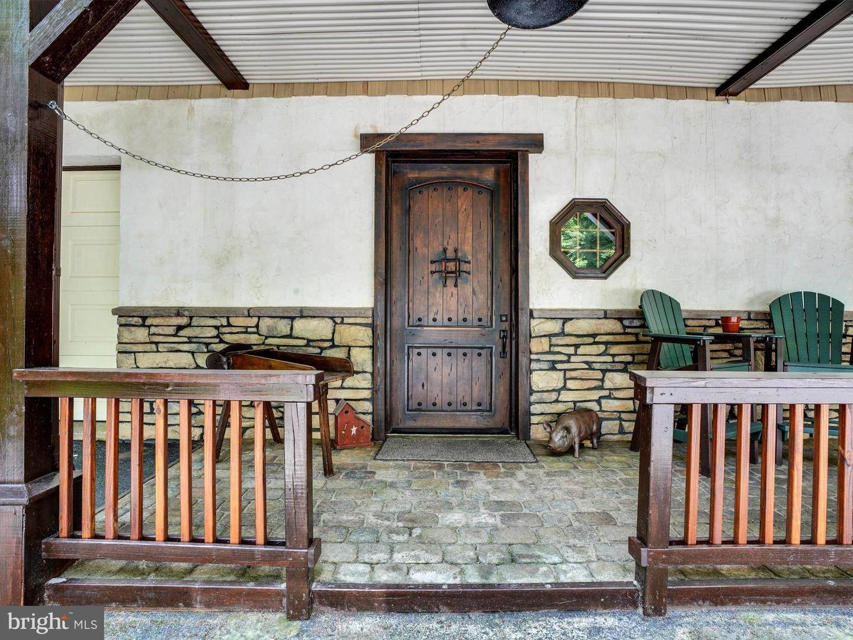 7. Residential for Sale at 755 SPORTSMAN Road Denver, Pennsylvania 17517 United States