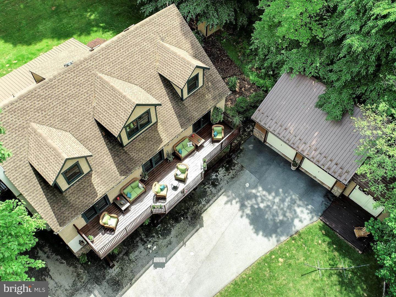 4. Residential for Sale at 755 SPORTSMAN Road Denver, Pennsylvania 17517 United States