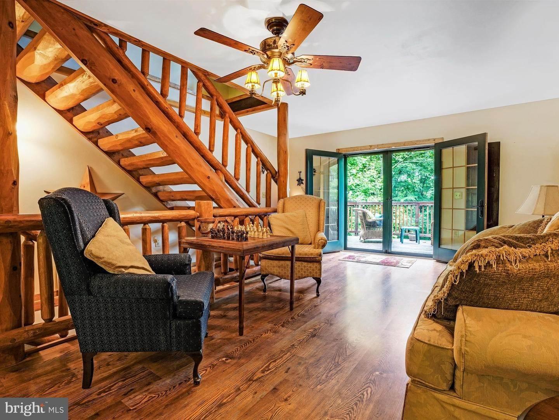 10. Residential for Sale at 755 SPORTSMAN Road Denver, Pennsylvania 17517 United States