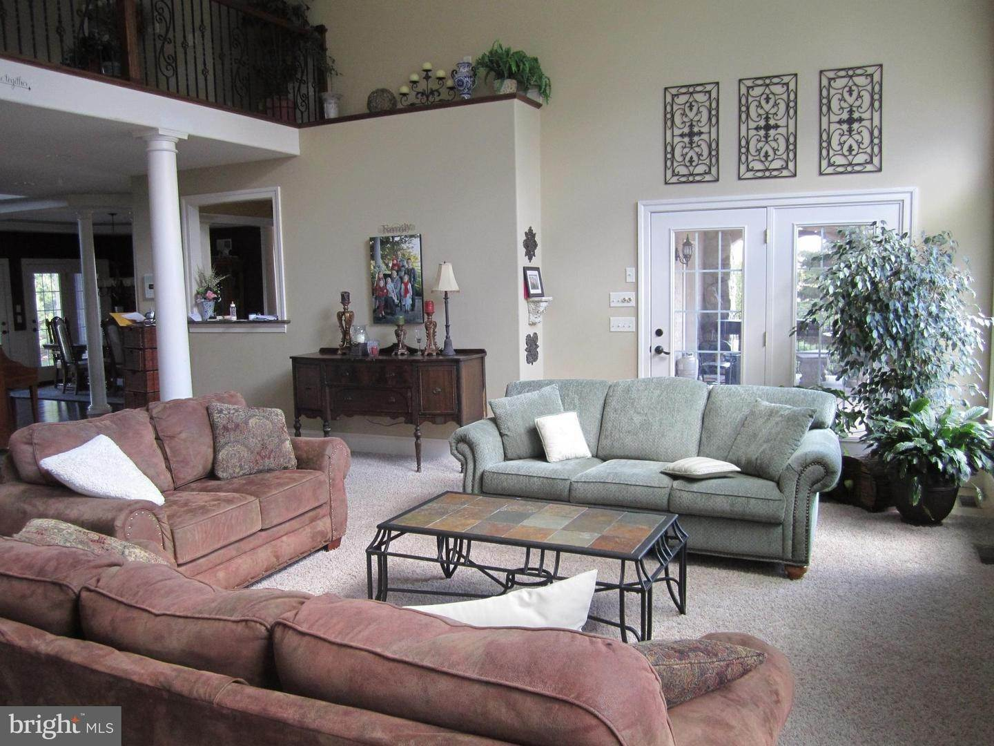 19. Residential for Sale at 962 TEXTER MOUNTAIN Road Robesonia, Pennsylvania 19551 United States