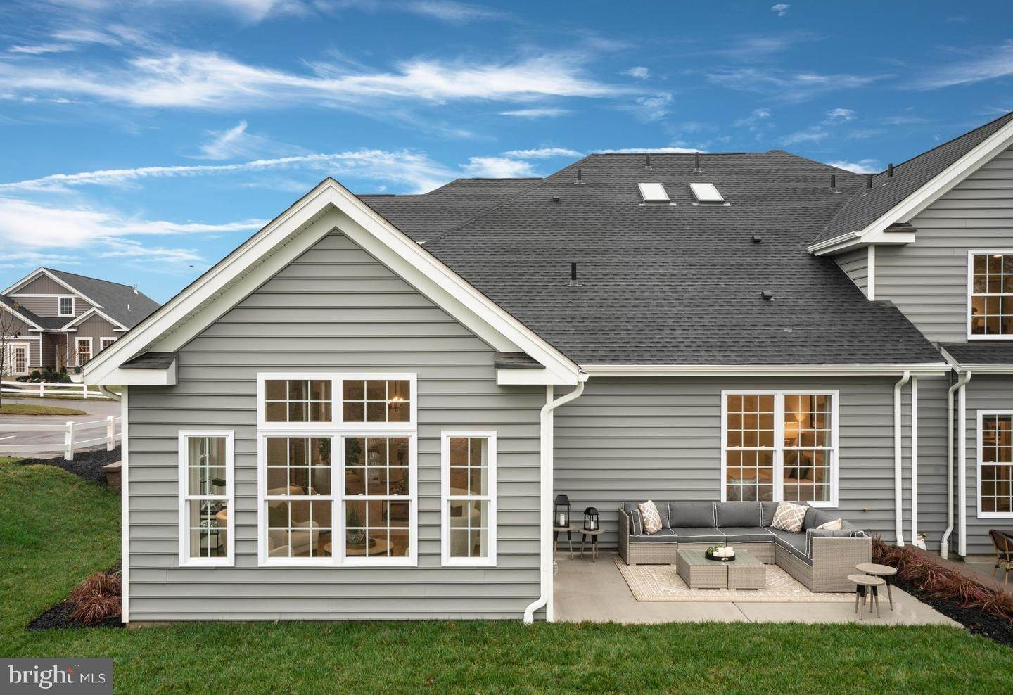 9. Residential for Sale at 824 FOUNDERS WAY #JEFFERSON MODEL East Petersburg, Pennsylvania 17520 United States