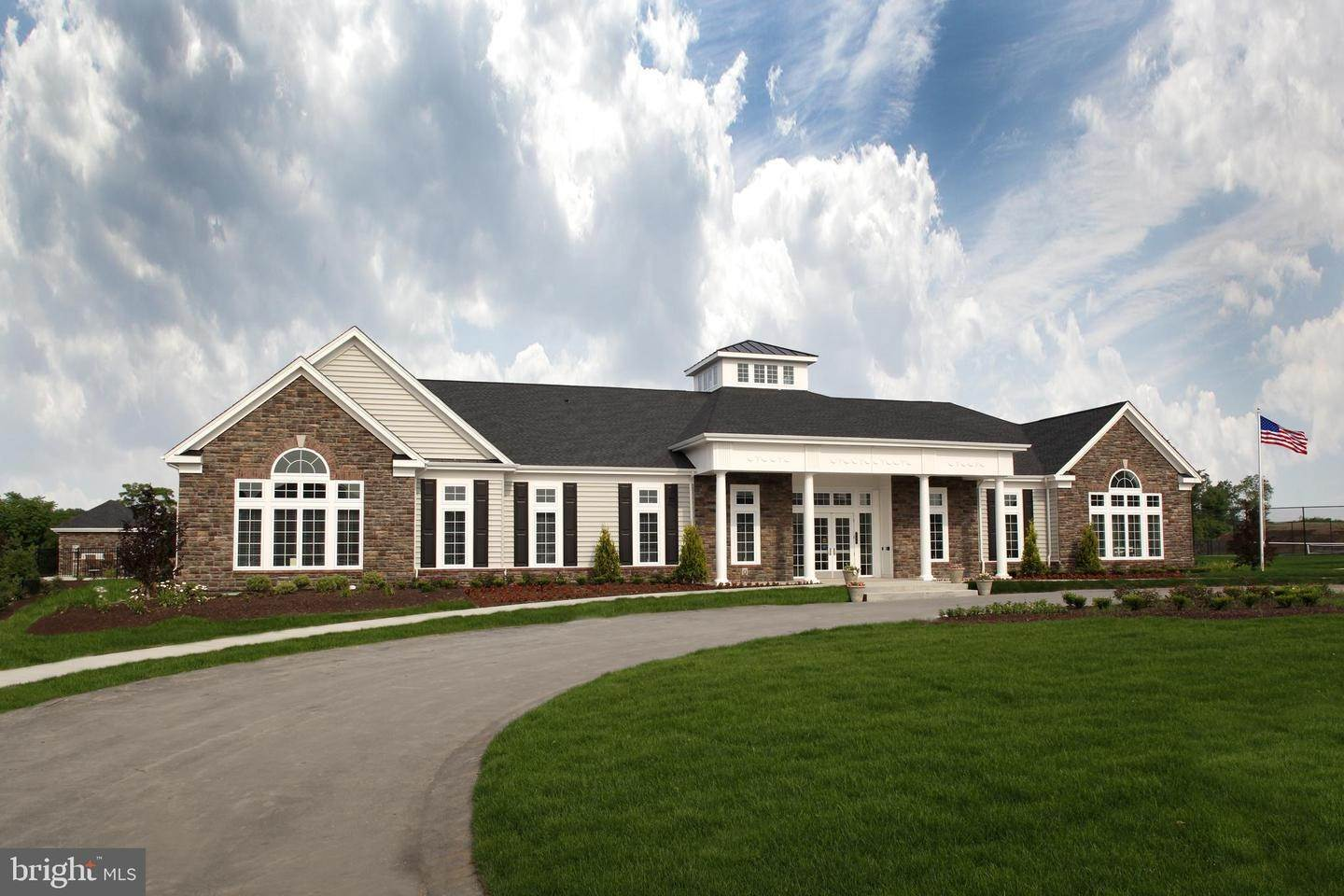 10. Residential for Sale at 820 FOUNDERS WAY #WASHINGTON MODEL East Petersburg, Pennsylvania 17520 United States