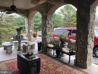 12. Residential for Sale at 962 TEXTER MOUNTAIN Road Robesonia, Pennsylvania 19551 United States