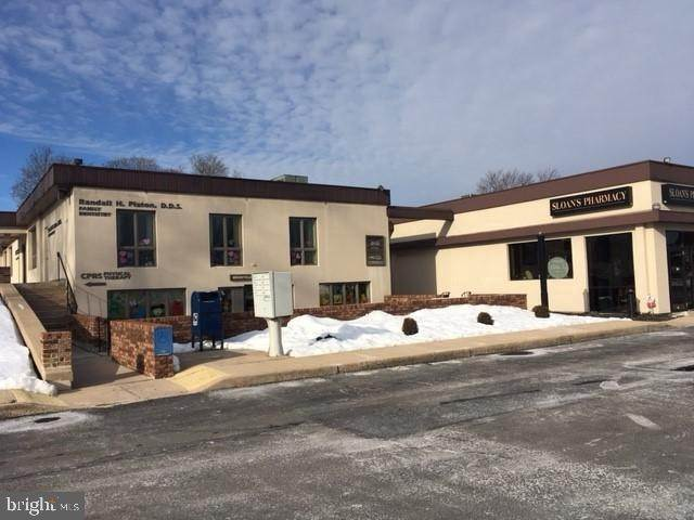 4. Commercial at 2 COLLEGE AVE #MAIN LEVEL Mountville, Pennsylvania 17554 United States