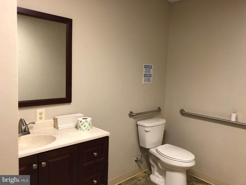 12. Residential for Sale at 120 N SHIPPEN Street Lancaster, Pennsylvania 17602 United States