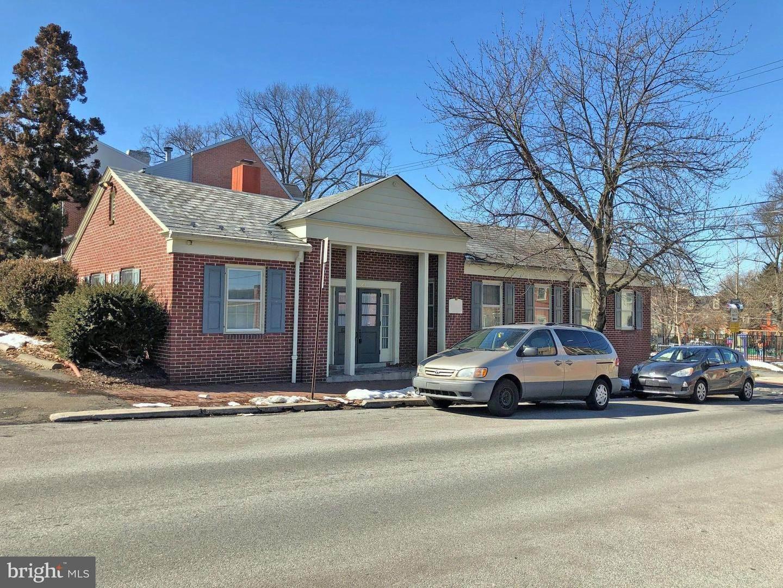 Residential for Sale at 120 N SHIPPEN Street Lancaster, Pennsylvania 17602 United States