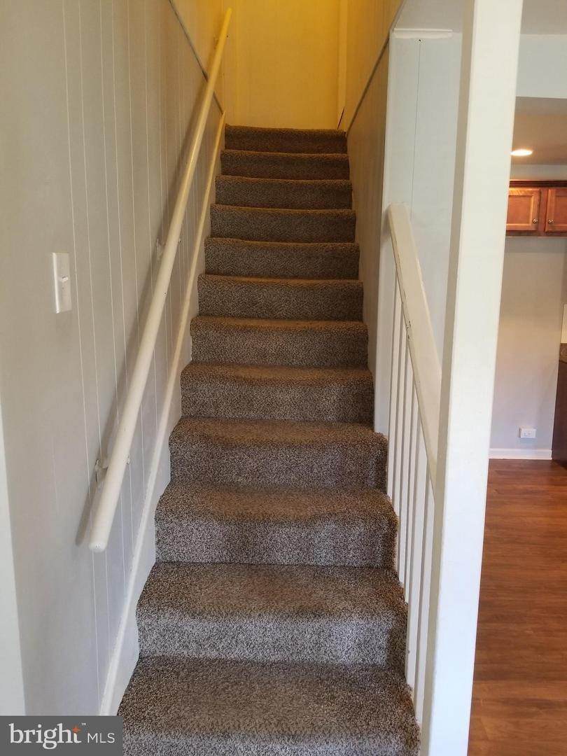 13. Residential for Sale at 655 S CHIQUES Road Manheim, Pennsylvania 17545 United States